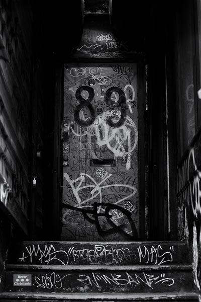 Graf Door